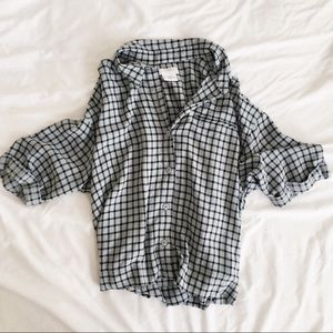 Urban Outfitters • Cropped checked Button Down